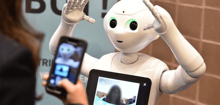 AI 化身購物助理,幫人搭衣服、挑禮物!人工智能,如何改變購物習慣?-AI人工智慧