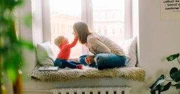adorable-baby-babysitter-1257110 (1)